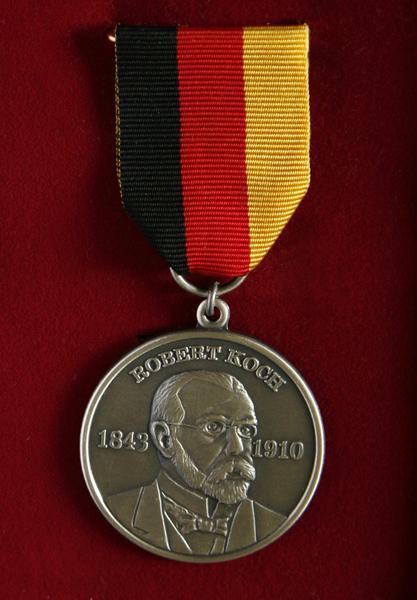 Игорь Иванович Павлусенко Паркес2010.Medal.Koha_